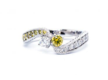 Bague or blanc diamants jaunes et diamants blancs