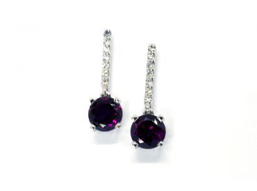 Boucles d'oreilles or blanc Grenats violets et diamants