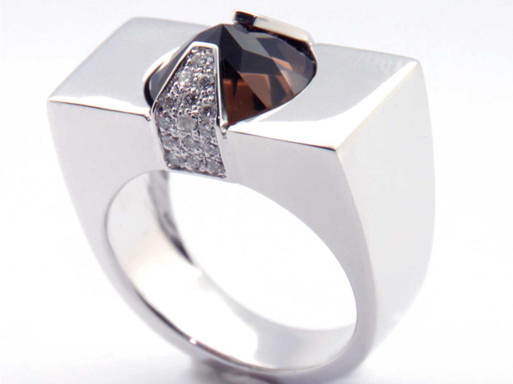 Bague reverse quartz pavé diamants réalisation Thomas H