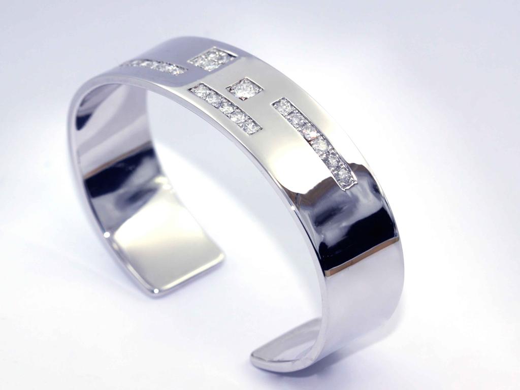 Bracelet 1 pavé diamants réalisation Thomas H